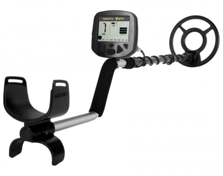 "TEKNETICS ALPHA 2000 Metal Detector With 8"" Concentric Coil   VLF"
