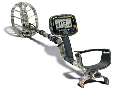 "TEKNETICS G2+ LTD CAMO Metal Detector With 11"" DD Coil   VLF"